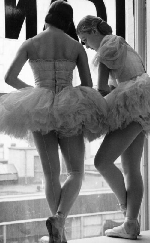 bailarinas pensando